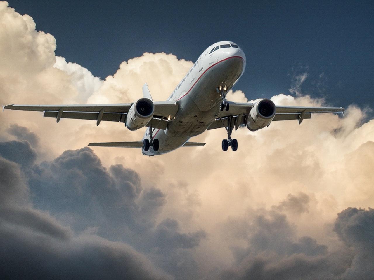 Jak odzyskać pieniądze za odwołany lot?